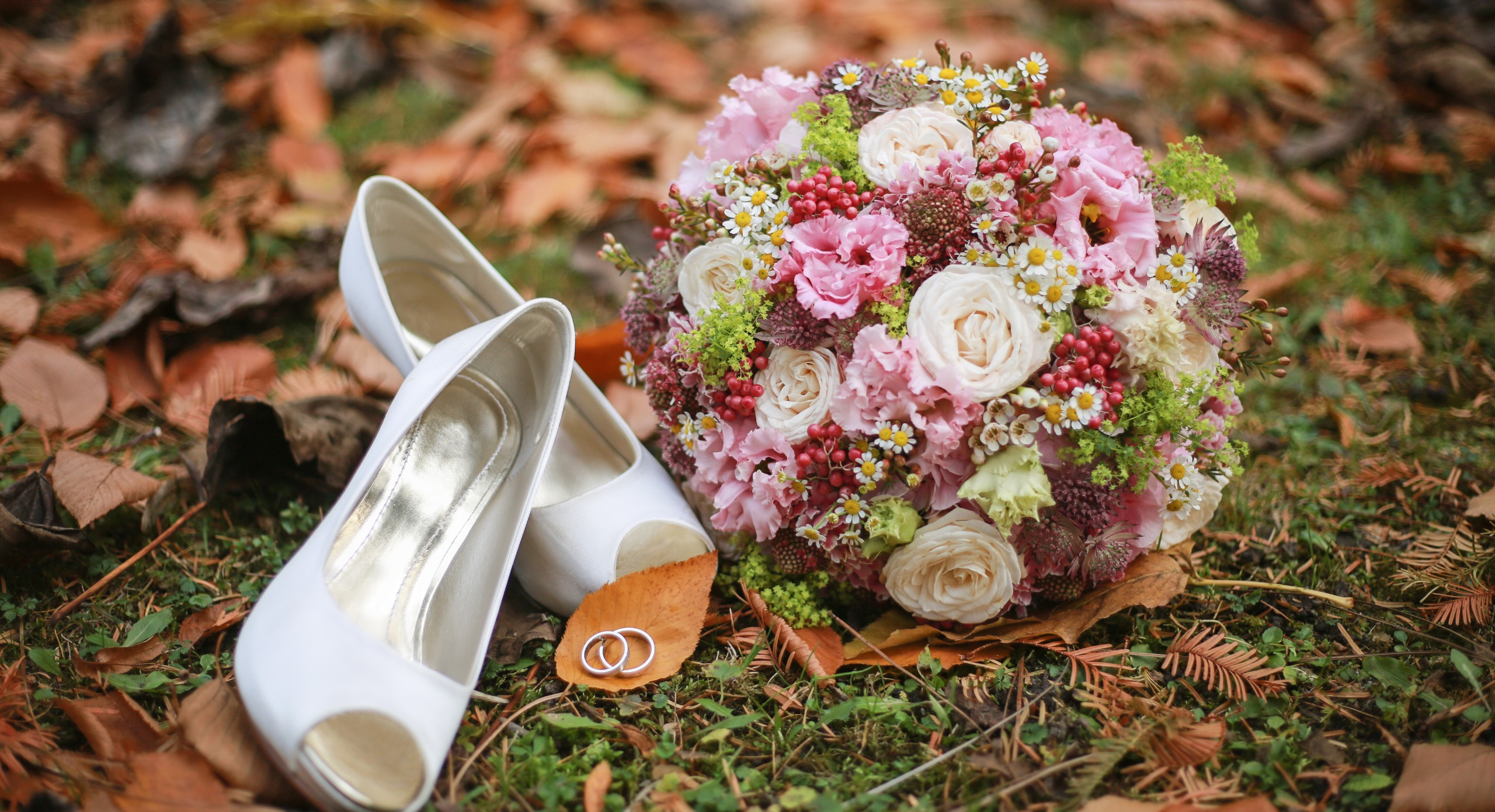 Including A Cut Of Nature To Your Wedding Event Decoration