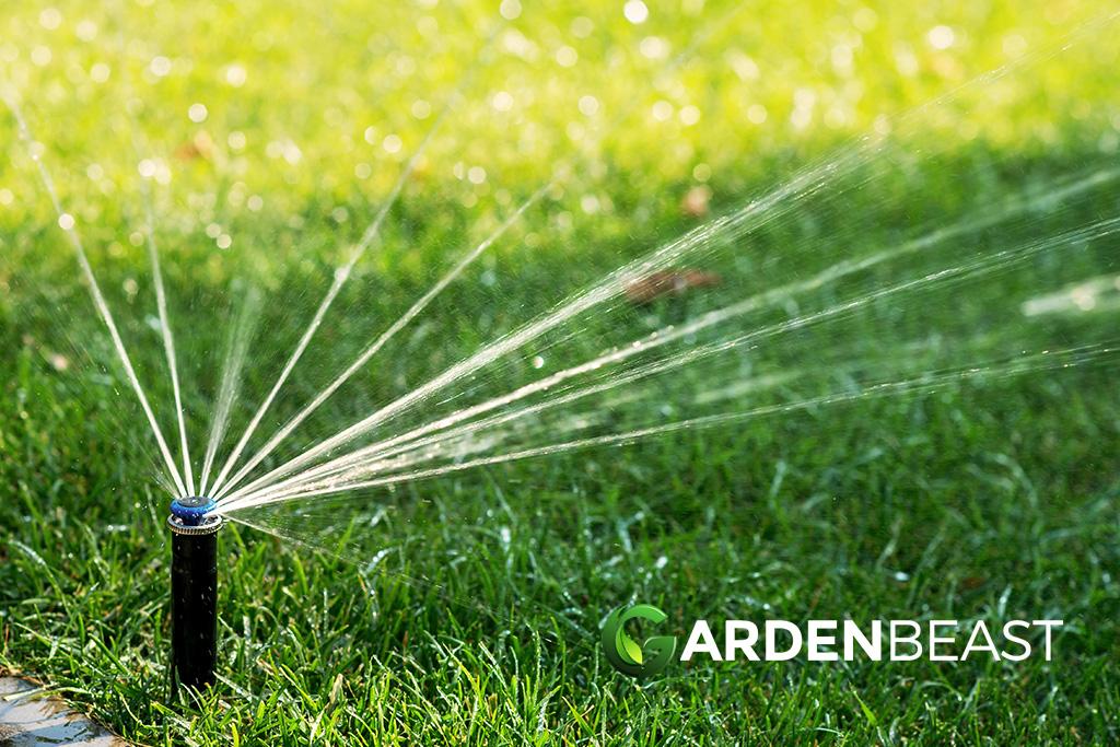 Great Little Lawn Sprinkler System Device
