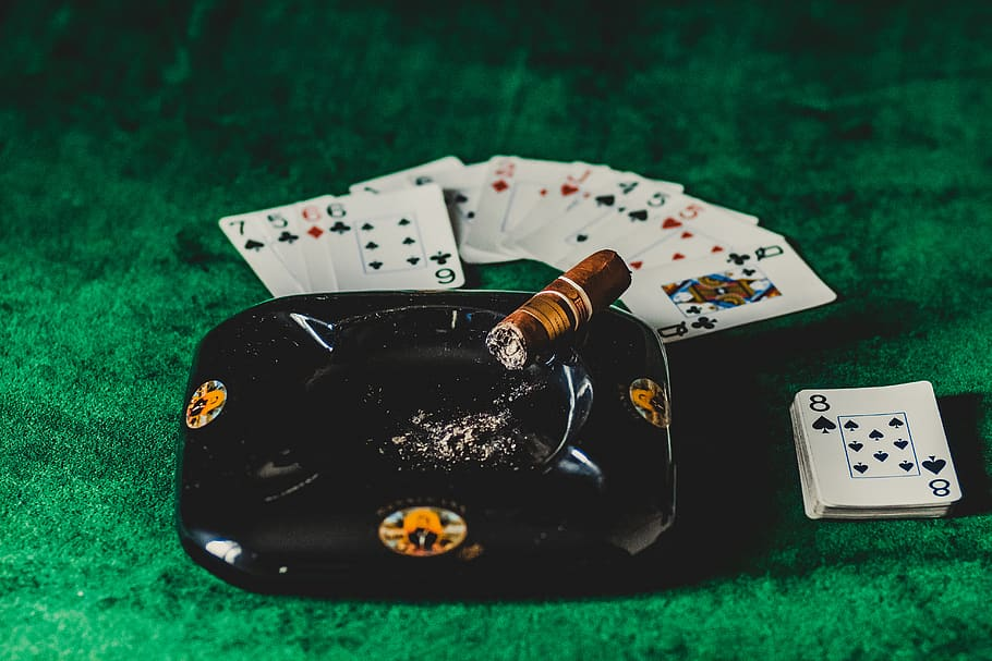 Casino Poker That You Should Be Or Read Overlooked